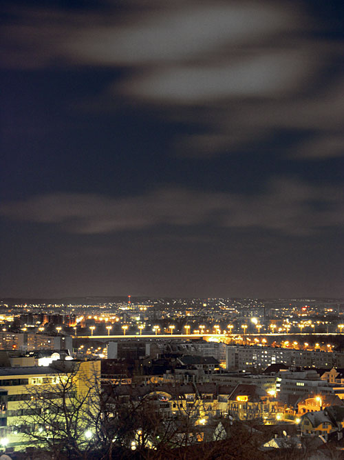 éjféli felhők